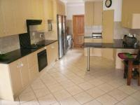 Kitchen - 25 square meters of property in Montana