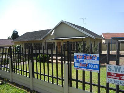 Standard Bank EasySell 3 Bedroom House For Sale in Alberton - MR067993