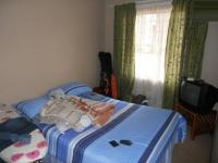Bed Room 1 - 10 square meters of property in Sundowner