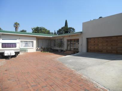 3 Bedroom House for Sale For Sale in Benoni - Home Sell - MR068175