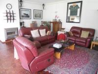 Lounges - 39 square meters of property in Malanshof
