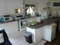 Kitchen - 10 square meters of property in Corlett Gardens