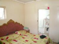 Main Bedroom - 33 square meters of property in Claudius