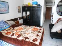 Main Bedroom - 15 square meters of property in South Beach