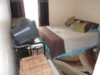 Bed Room 2 - 9 square meters of property in Secunda