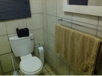 Bathroom 1 - 5 square meters of property in Lotus Gardens