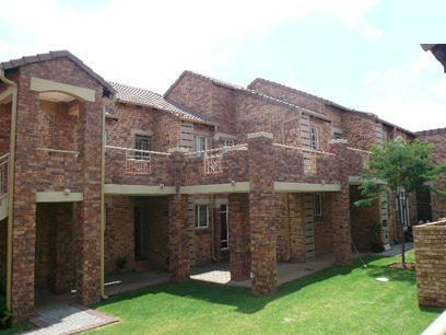 2 Bedroom Simplex for Sale For Sale in Mooikloof Ridge - Home Sell - MR068588