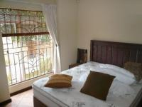 Main Bedroom - 13 square meters of property in Mooikloof Ridge