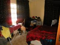 Main Bedroom - 18 square meters of property in Lenasia
