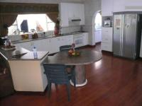 Kitchen - 64 square meters of property in Mooikloof