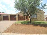 2 Bedroom 2 Bathroom in Bloemfontein