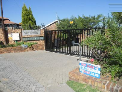 Standard Bank EasySell 2 Bedroom Sectional Title for Sale For Sale in Midrand - MR070051