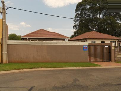 Standard Bank EasySell 3 Bedroom House for Sale For Sale in Riverlea - JHB - MR070087