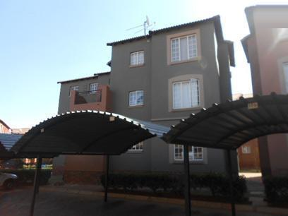 Standard Bank Repossessed 2 Bedroom Sectional Title on online auction in Germiston - MR070276