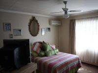 Main Bedroom - 23 square meters of property in Emalahleni (Witbank)