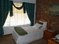Bed Room 1 - 9 square meters of property in Meyerton