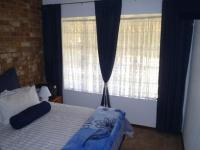 Bed Room 2 - 12 square meters of property in Meyerton