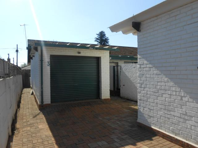 Standard Bank Repossessed 3 Bedroom Sectional Title for Sale on online auction in Delmas - MR070598
