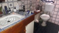 Main Bathroom - 7 square meters of property in Johannesburg Central