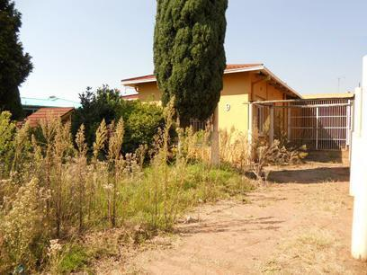 Standard Bank EasySell 3 Bedroom House for Sale For Sale in Krugersdorp - MR070869