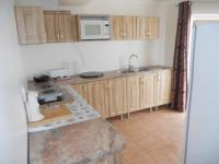 Kitchen - 33 square meters of property in Gansbaai