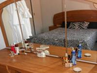 Main Bedroom - 12 square meters of property in Port Edward