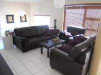Lounges - 22 square meters of property in Bellville