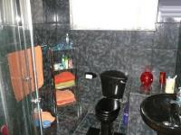 Bathroom 1 - 6 square meters of property in Claremont