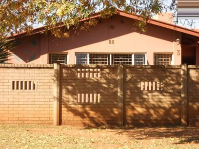 Standard Bank EasySell 3 Bedroom House for Sale For Sale in Vanderbijlpark - MR072091