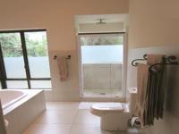 Main Bathroom - 14 square meters of property in Wilderness
