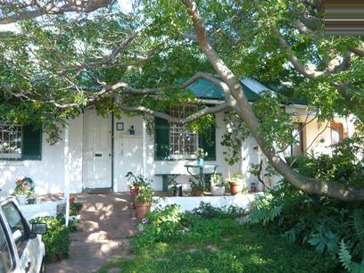2 Bedroom House for Sale For Sale in Observatory - CPT - Home Sell - MR07228