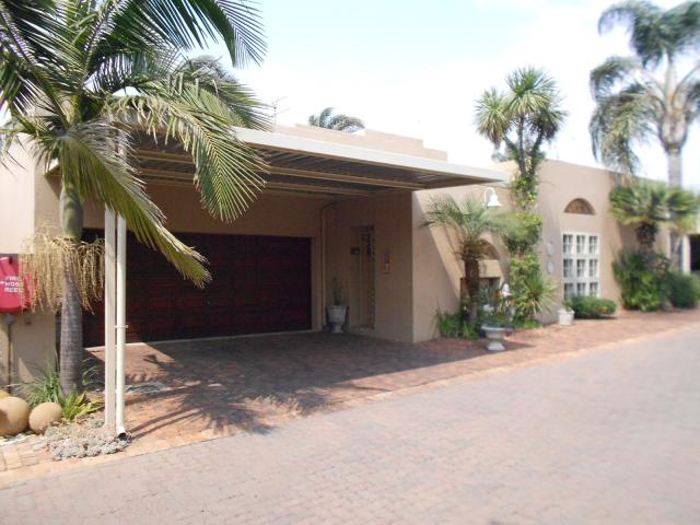 3 Bedroom House for Sale For Sale in Kempton Park - Private Sale - MR07233