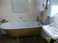Bathroom 1 - 6 square meters of property in Heidelberg - GP