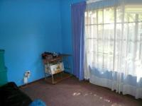 Bed Room 2 - 10 square meters of property in Waverley