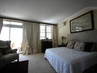 Main Bedroom - 33 square meters of property in Bantry Bay