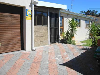 3 Bedroom House for Sale For Sale in Protea Village - Private Sale - MR072481