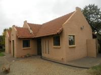 3 Bedroom 2 Bathroom in Leeuwfontein Estates