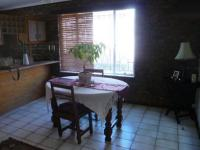 Dining Room - 16 square meters of property in Fourways