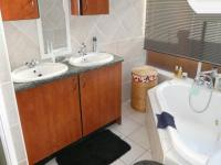 Main Bathroom - 8 square meters of property in Faerie Glen