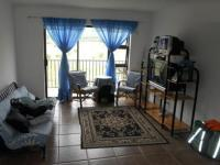 Lounges - 18 square meters of property in Gordons Bay