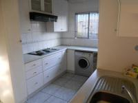 Kitchen - 9 square meters of property in Roodekop