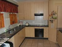 Kitchen - 20 square meters of property in Wierdapark