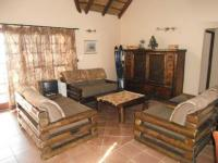 Lounges - 64 square meters of property in Boschkop