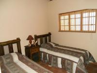 Bed Room 2 - 10 square meters of property in Boschkop