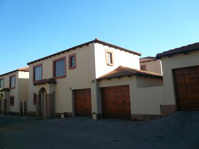 3 Bedroom House For Sale in Raslouw - Home Sell - MR072869