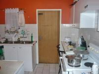 Kitchen - 9 square meters of property in Corlett Gardens