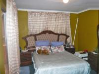 Bed Room 2 - 14 square meters of property in Corlett Gardens
