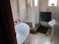 Bathroom 1 - 4 square meters of property in Phalaborwa
