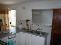 Kitchen - 8 square meters of property in Kraaifontein