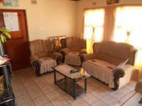 Lounges - 21 square meters of property in Belhar